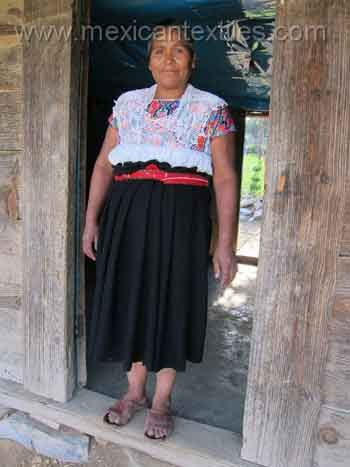 chignahuapan women The highest altitudes are over 4,200 meters above sea level main elevations include apulco, chichat, chignahuapan, soltepec and tlatlauquitepec the sierra norte de puebla is susceptible to landslides due to its many steep inclines and heavy rain the town of pahuatlán is over an ancient landslide.