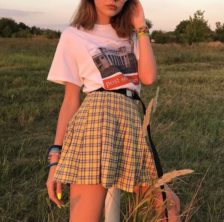 Indie Aesthetic Grunge Outfit Skirt Alternative Style Girl Photography Fashion Https Weheartit Com En Edgy Outfits Aesthetic Clothes Indie Outfits