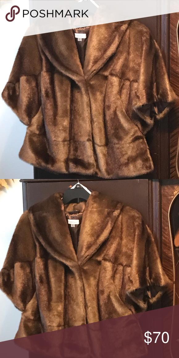 ffcdacb6ca3 Calvin Klein faux fur wrap Calvin Klein faux fur wrap. Shell - 85%  modacrylic