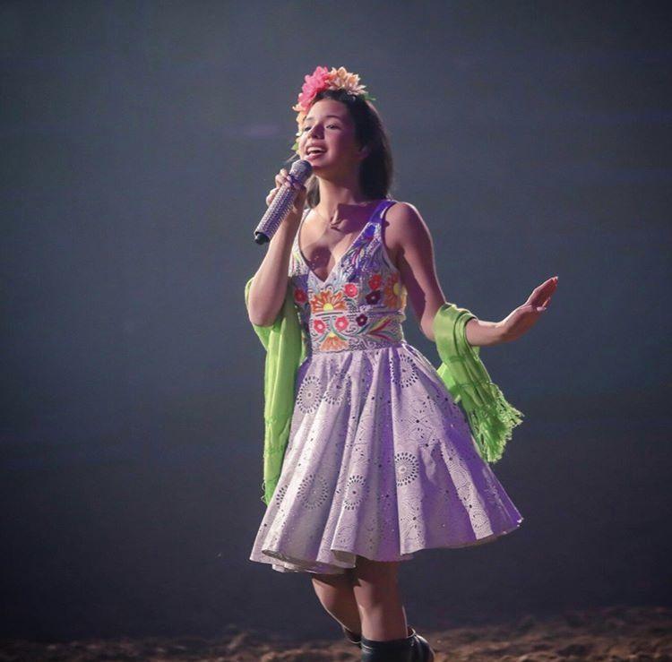 Angela Aguilar Con Un Vestido De Exclusivos Baez En 2019