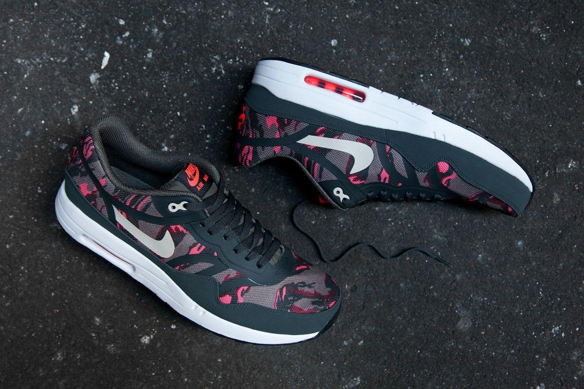 Nike air max 1 running shoes - Nike Air Max 1 Premium Tape Petra Brown
