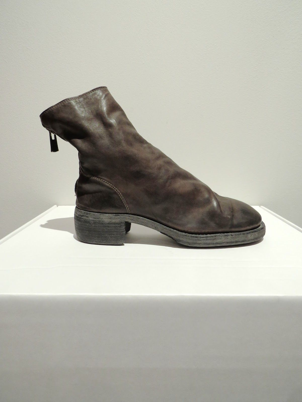 Guidi low boot