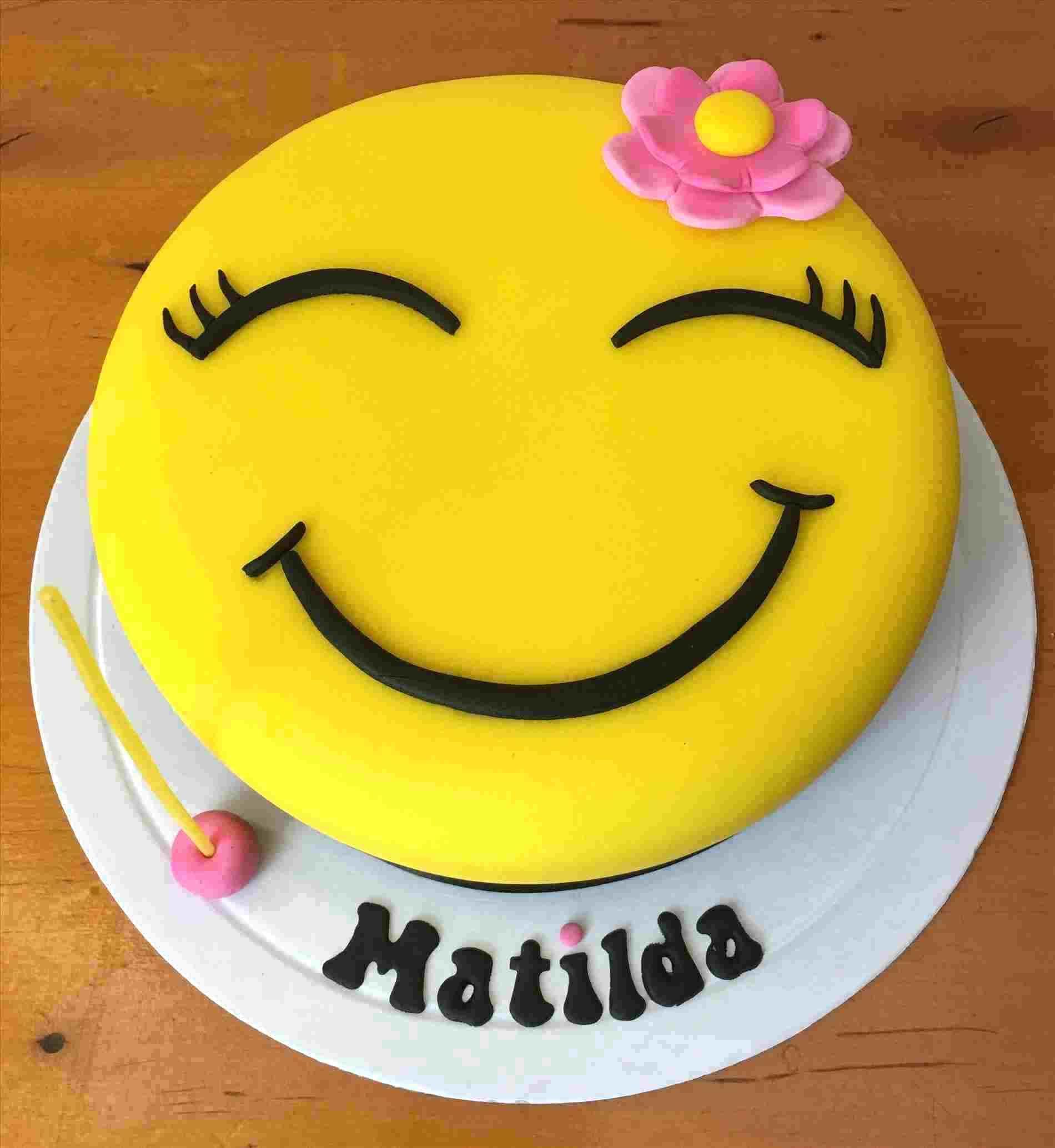Emoji Birthday Cake Ideas With Images Emoji Birthday Cake