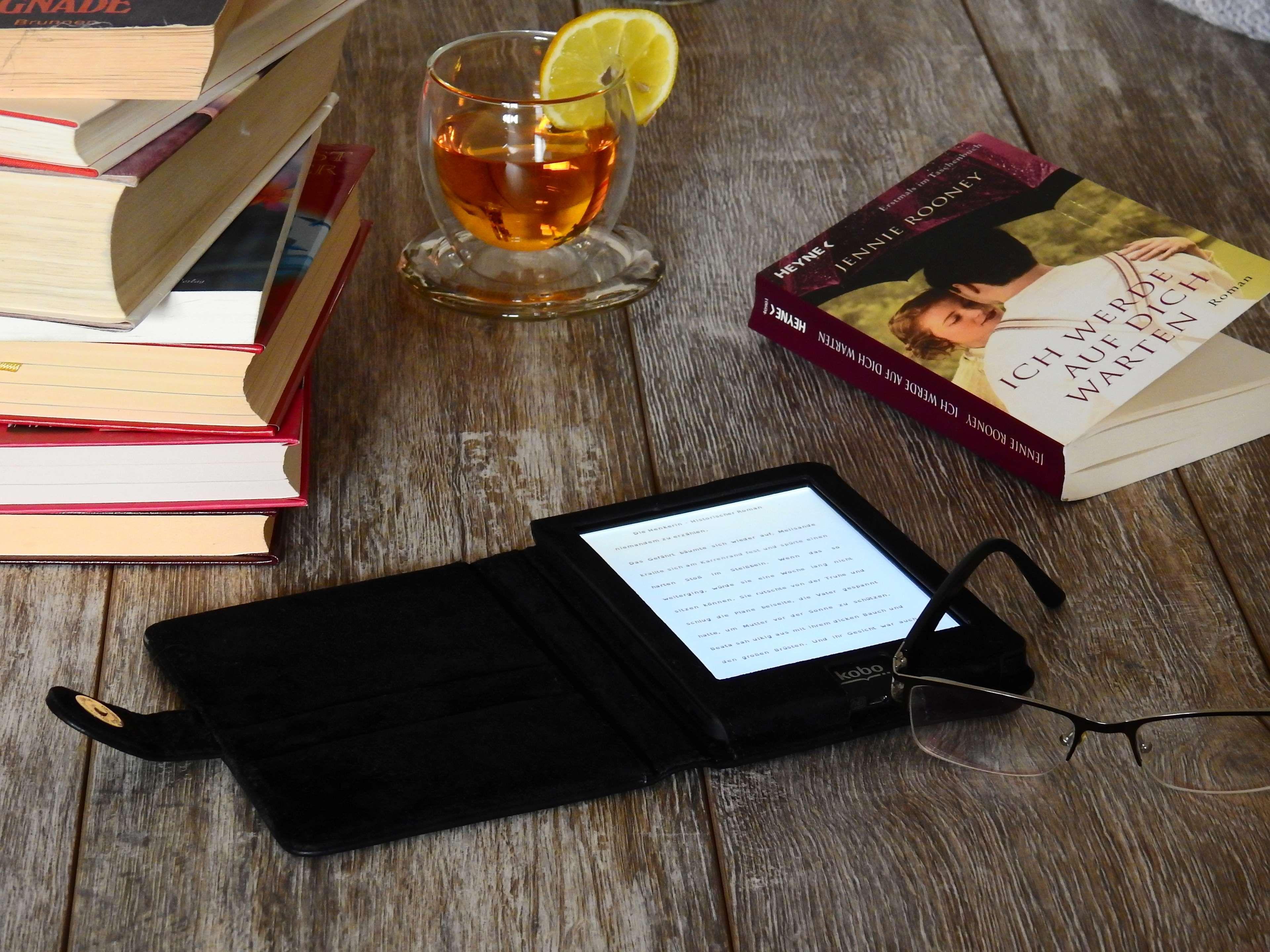 Book Digital Drink E Reader Font Glass Glasses Kindle Kobo Learn Literature Page Paper Read Reader Techn Ebook Deals Kobo Ereader Amazon Kindle