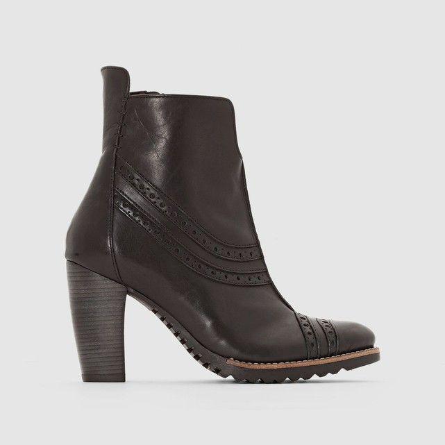 Boots en cuir à talon Harley DKODE : prix, avis & notation, livraison.  Dessus/ Tige : de Vachette Doublure : Cuir Semelle intérieure : Cuir Semelle extérieure : Caoutchouc Hauteur de talon : Haut (7 à 9 cm) Hauteur de tige : 13.5 cm Fermeture : A zip