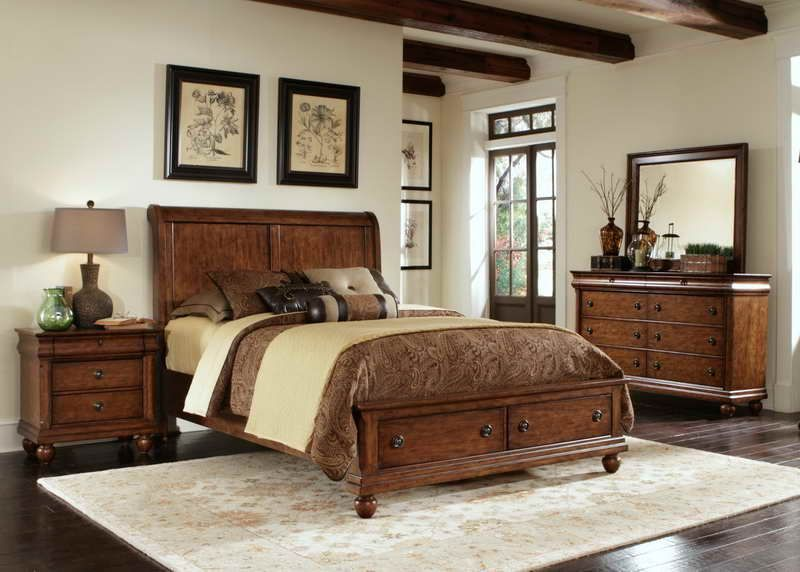 Wood Flooring Ideas And Trends For Your Stunning Bedroom Dark Ideas Decor Natural Light Oak Paint Brown Furniture Bedroom Kincaid Furniture Furniture
