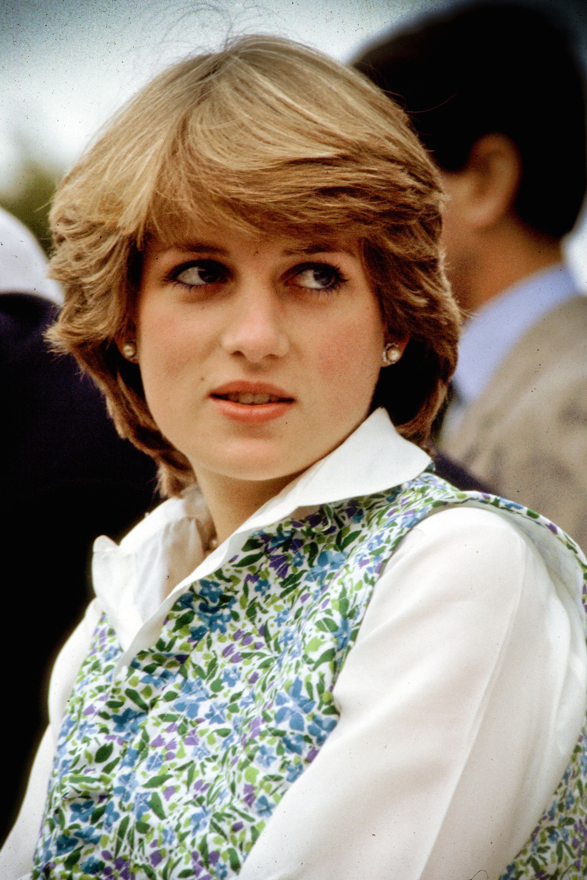 15 photos that show what Princess Diana was like before
