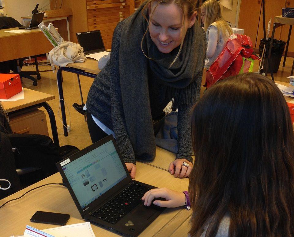 Mally underviser i videregående skole og har med sin master i IKT i læring fordypet seg i bruk av OneNote som verktøy for dokumentasjon, samarbeid og vurdering. Hun har fokus på pedagogisk bruk av teknologi i klasserommet.   Hun har holdt flere kurs og foredrag for lærere, skoleledere og studenter, der hun deler sin kunnskap og erfaring med bl.a bruk av Office og OneNote i skolen. Hun tilbyr brukertilpassede kurs i bl. a Office, OneNote, og hvordan utnytte de skybaserte Office 365 tjenestene…