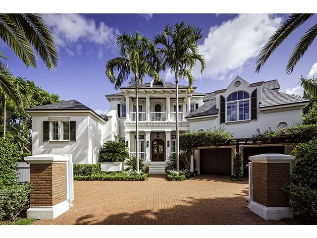 Attractive Bermuda Bahama Style Home   Naples Luxury Home Specialist Melinda Gunther:  Hot Property Of The Day   Port Royal   1009 E Admiralty Parade, Naples, FL  34102