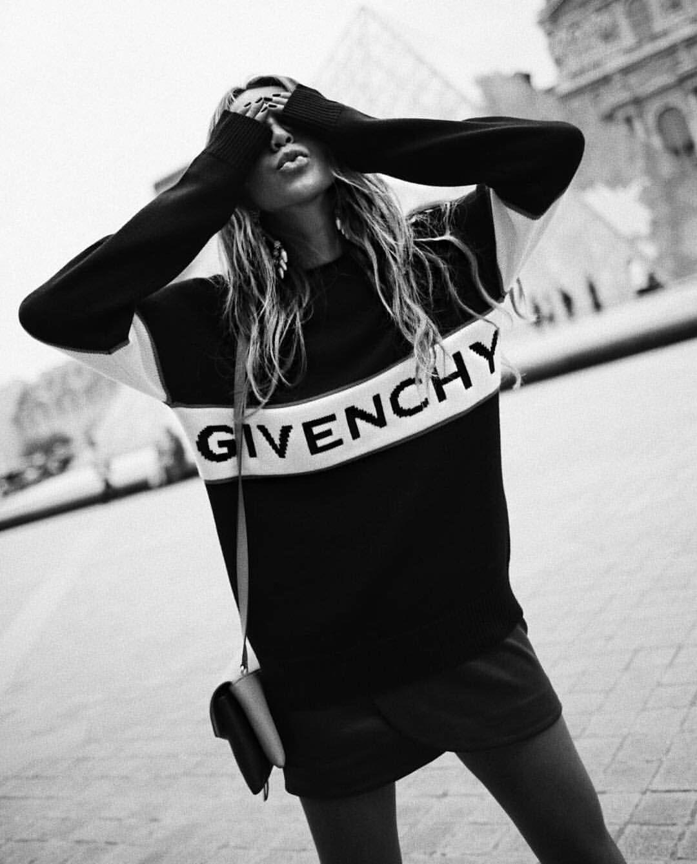 "Season Elyse Instagram""sweater Walker On By Forward P0knOw"