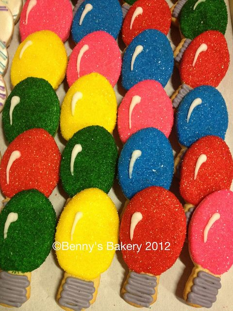 Christmas Light Bulb Cookies By Bennysbakerycakes Via Flickr Yes