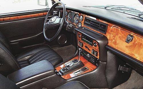 1986 Jaguar XJ6   Dorchester Grey