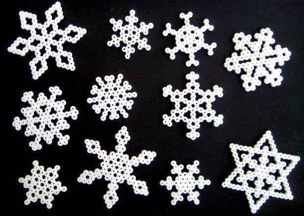 Hamma beads: Corazón y Copo de nieve