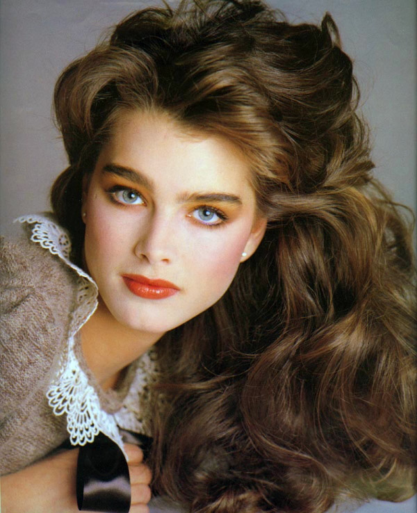 Happy Birthday, Brooke Shields! How to Emulate The Fashion Icon's Best Looks | Hollywire
