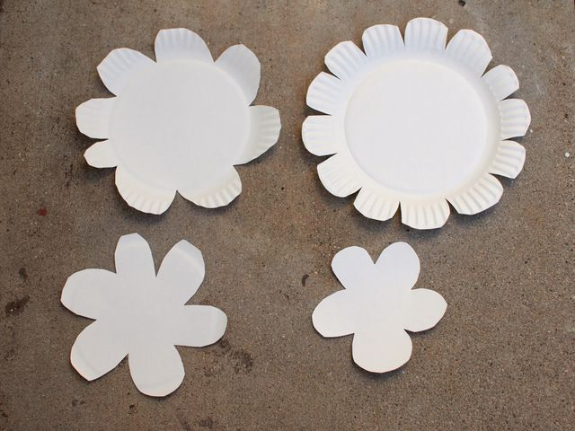 Use uncoated paper plates. Cut your varying size flowers out & Hyper Colorful Painted Paper Plate Flowers!   Flower Craft and ...
