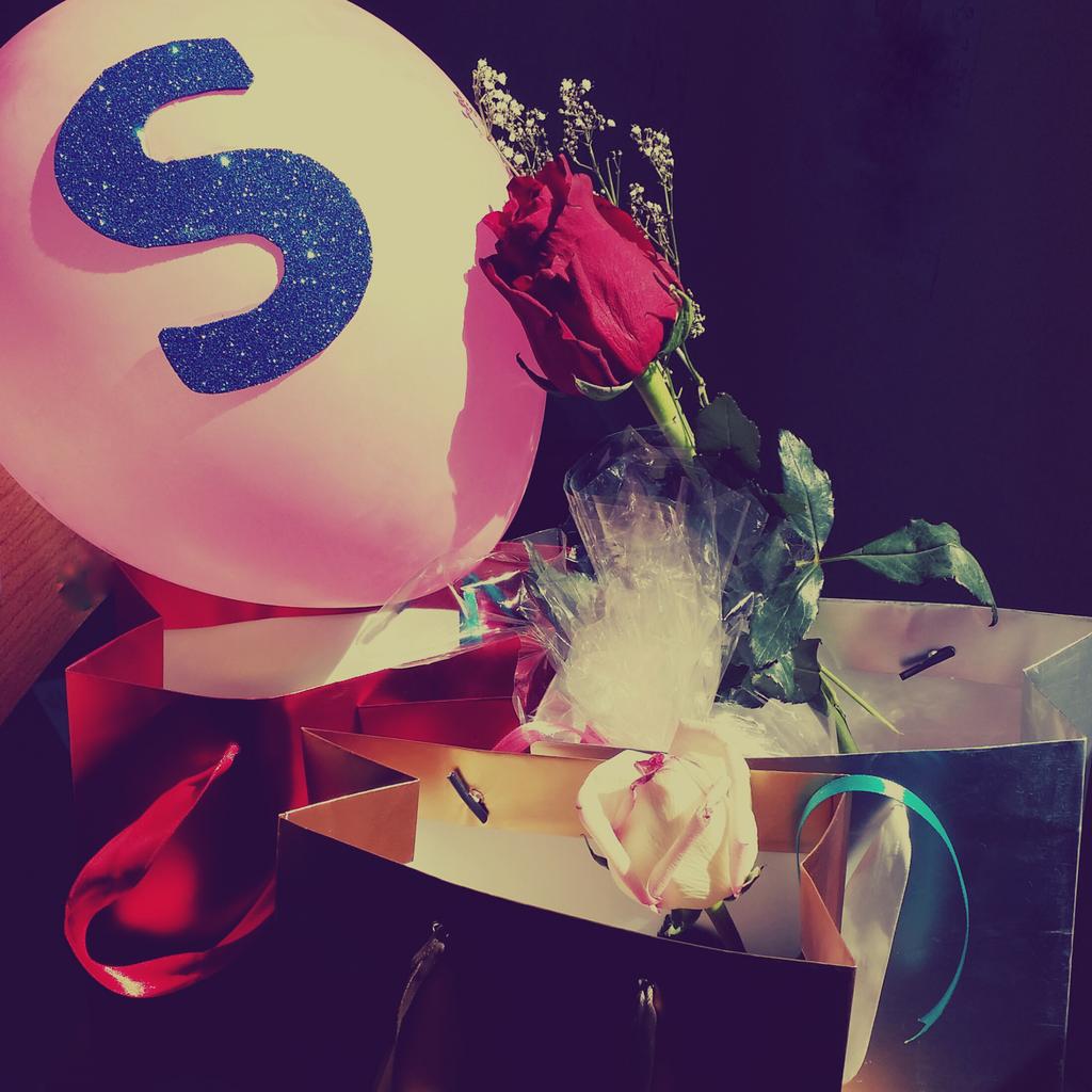 رمزيات حرف S صور حرف S رومانسيه صور مكتوب عليها حرف S Stylish Alphabets Letter A Crafts Floral Letters