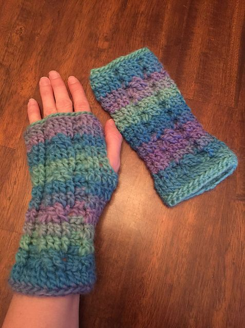 Cabled Fingerless Gloves #gloves