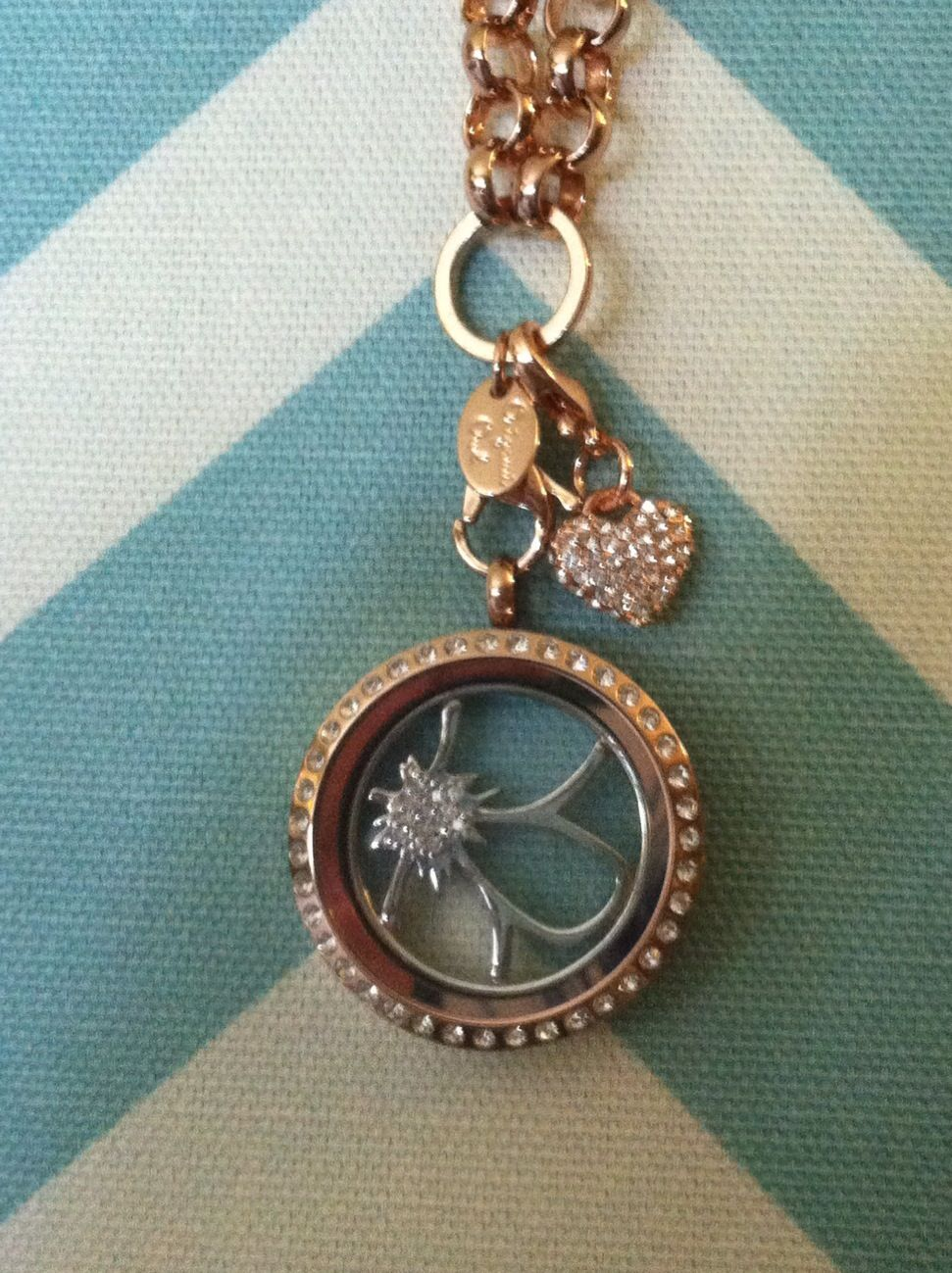 Love our Dangles but not sure how to make them ... | Origami owl ... | 1299x971