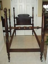 pair antique singletwin size carved solid mahogany pineapple 4 post beds - Antique Twin Bed Frame