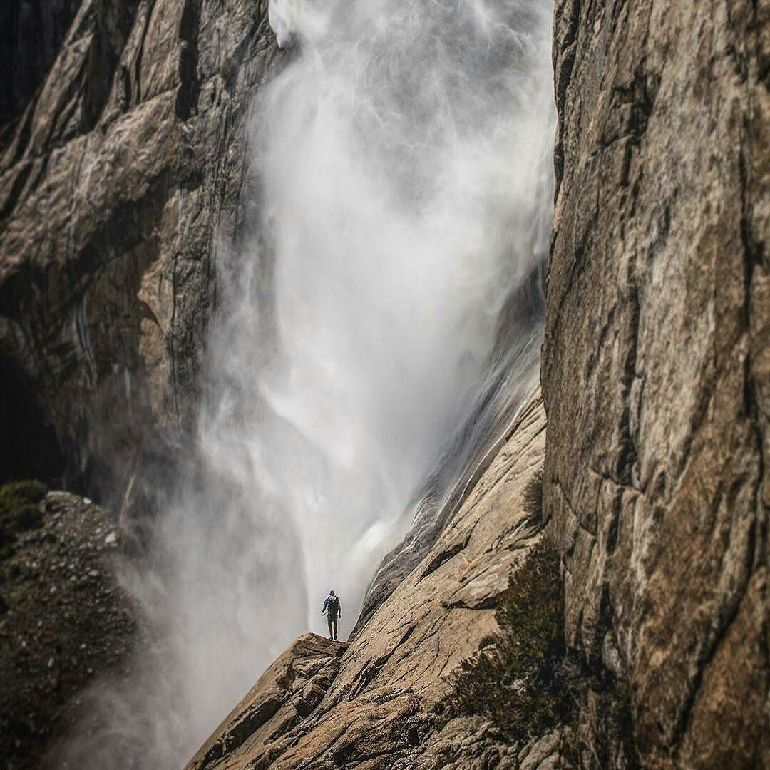 الشخص الوحيد الذي يمكنني محاولة التفوق عليه هو الشخص الذي كنت بالأمس آرتي خورانا حكم صور Yosemite Photography Beautiful Places On Earth Yosemite Falls