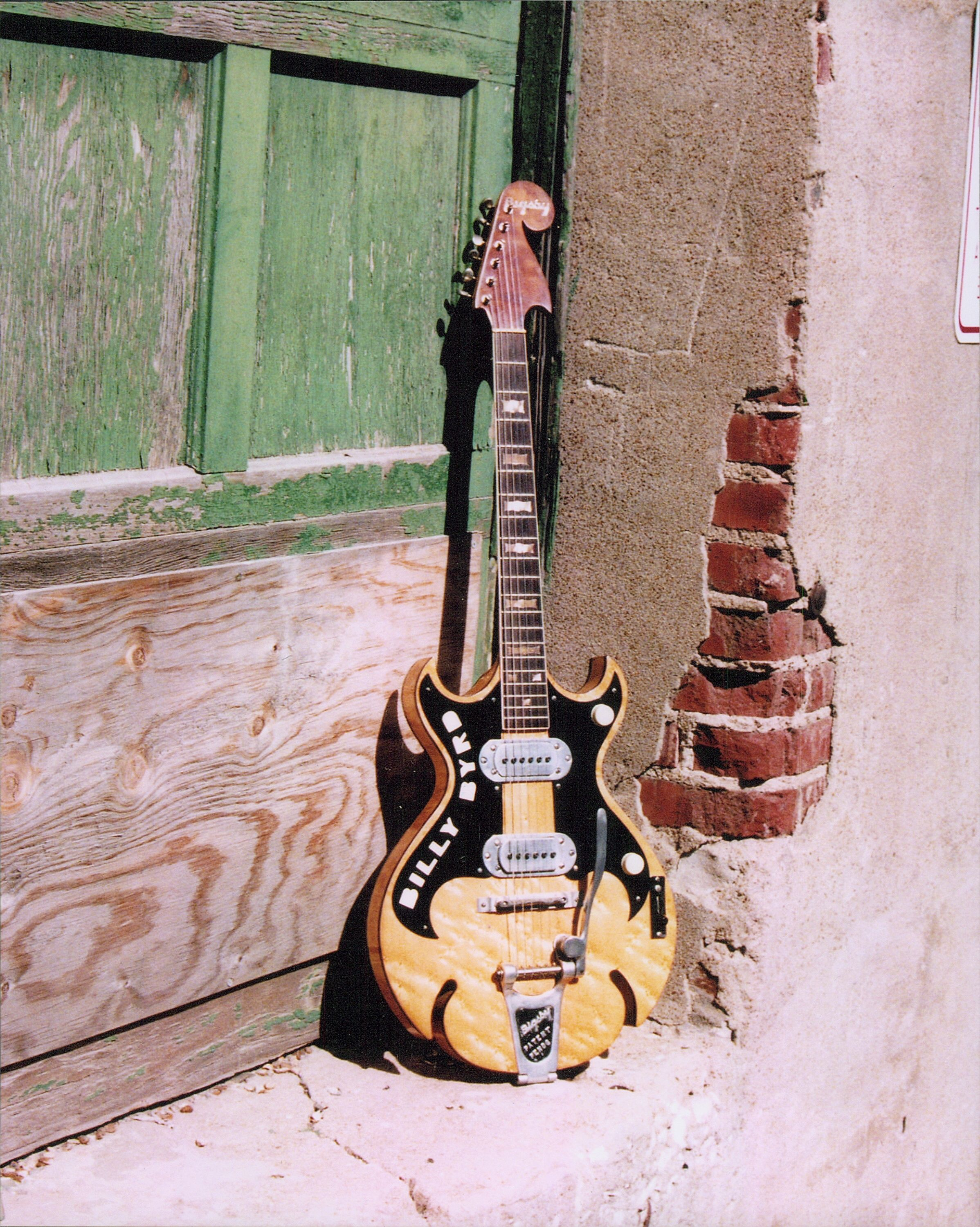 this very rare guitar made by paul bigsby in 19 guitars for stars buying old and rare. Black Bedroom Furniture Sets. Home Design Ideas