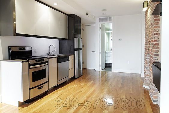 Prime Location Bedford Ave And N 7th 3300 646 578 7803 Http Www Nakedapartments Com Re Cheap Apartment For Rent Affordable Apartments Home And Family
