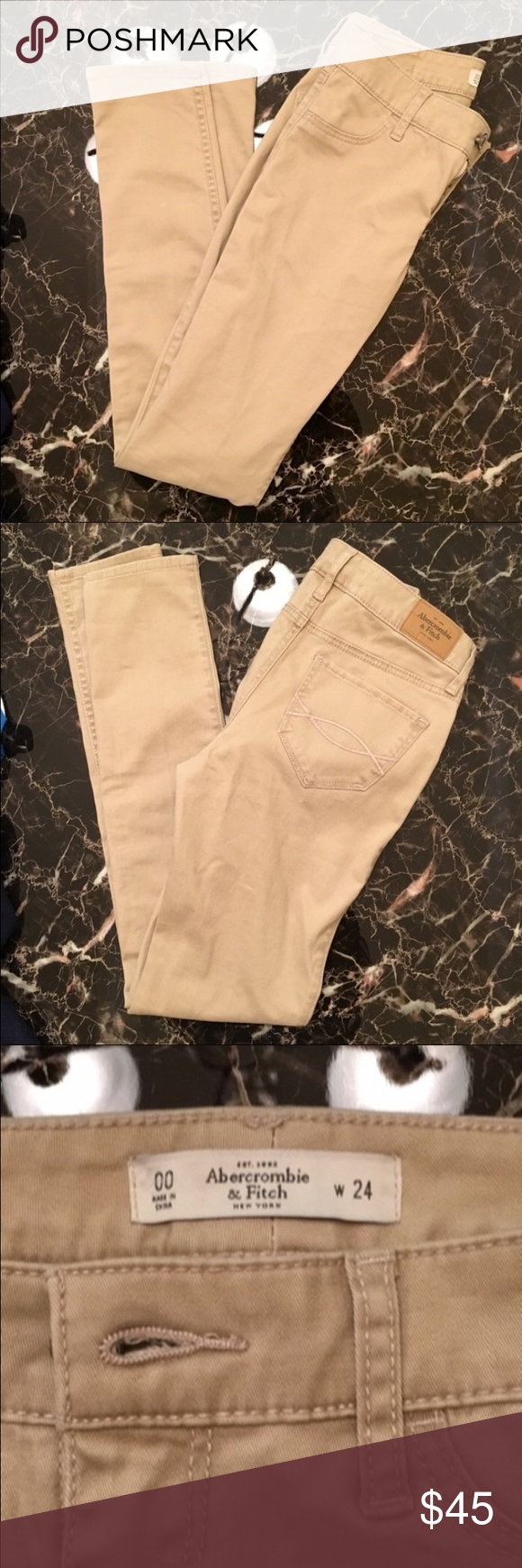 Abercrombie & Fitch Khaki Jeggings Never worn, runs a little big Abercrombie & Fitch Jeans