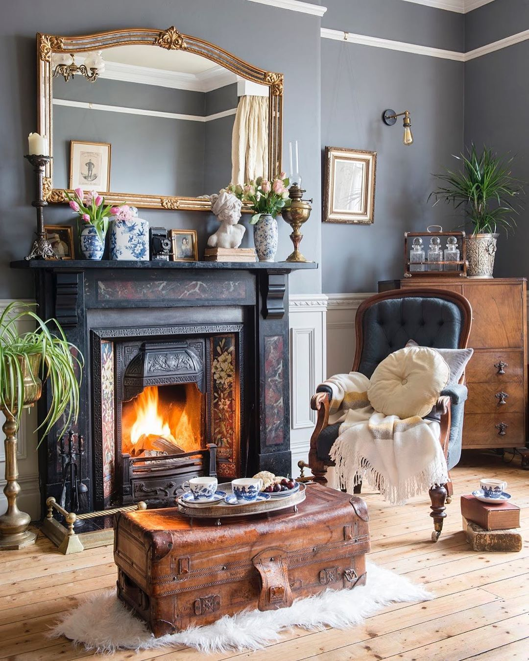 Period Living On Instagram We Wouldn T Mind Being Perched Here In Our Cosy February Cover Victorian Living Room Victorian House Interiors Victorian Townhouse