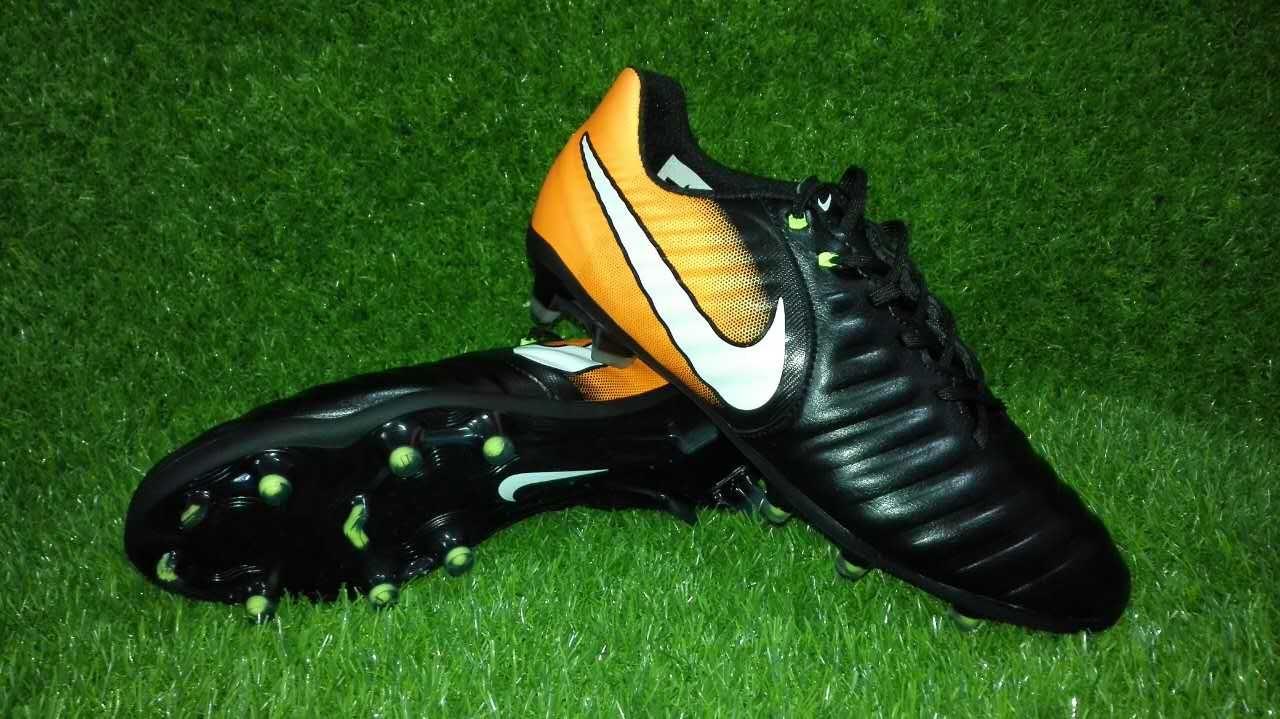 new concept fd5c1 575c5 Nike Tiempo Legend VII FG K-Leather Soccer Cleats Black Yellow White