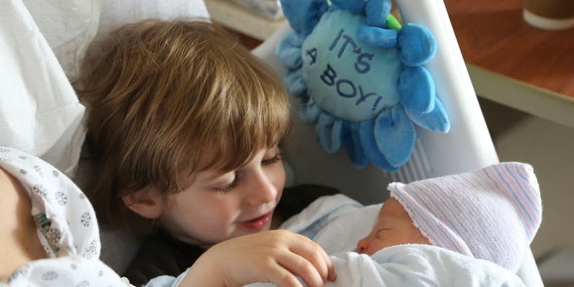 Making The New Baby Older Sibling Meeting Special