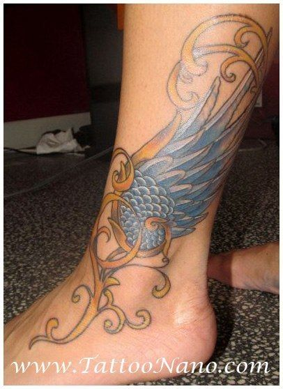 Hermes wing by Fernando Prudencio