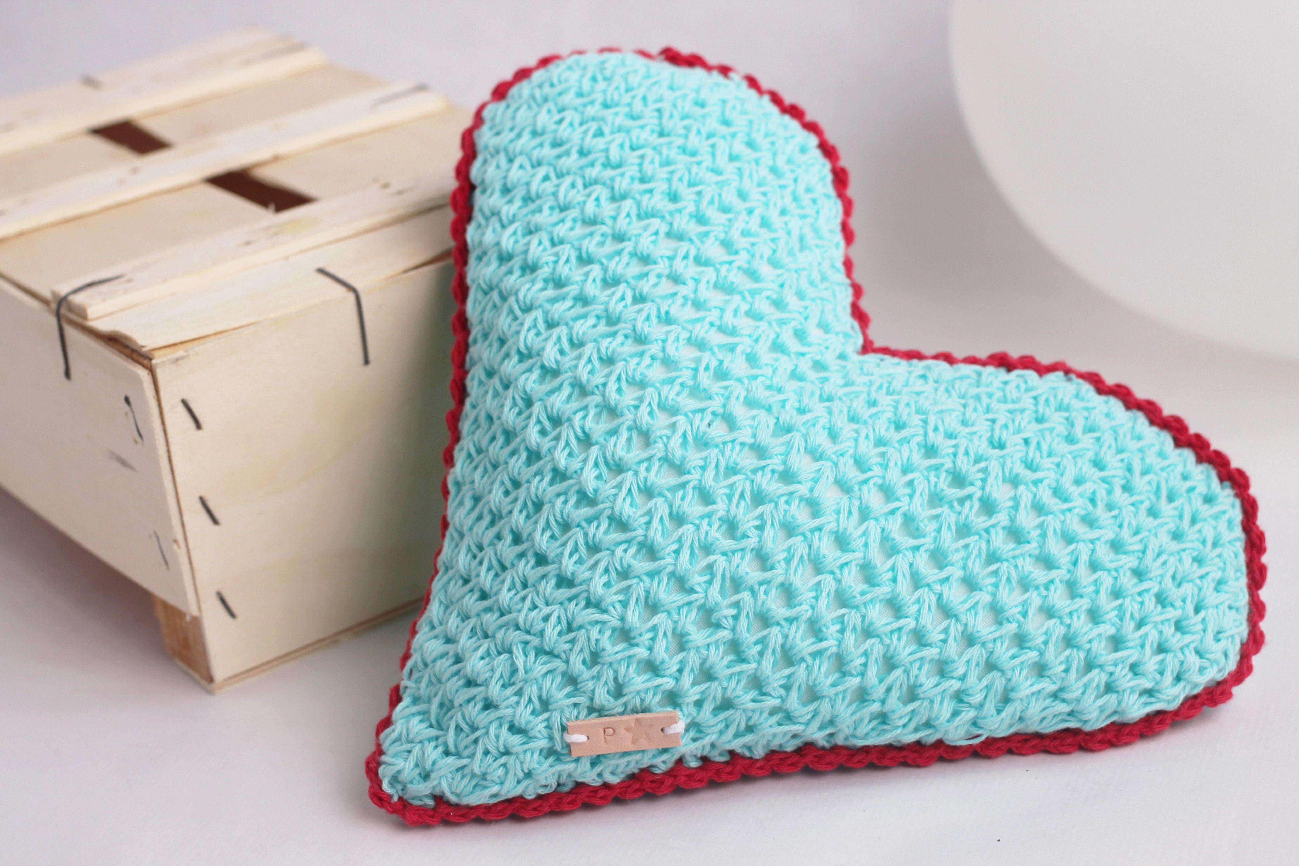 Baby cotton cushion cushion crochet baby cushion blu heart 24 knitted baby cushion heart bankloansurffo Gallery