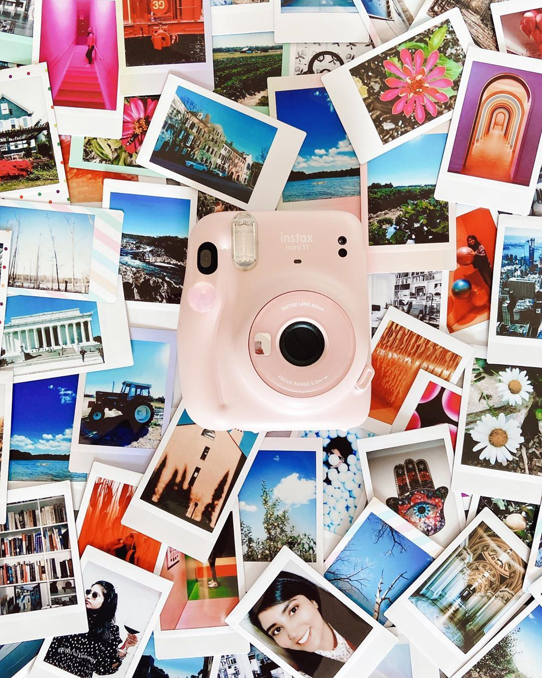 """VR on Instagram: """"Happy World Photography Day!! #amaturephotography #polaroid #photography #photographylovers #photographyday ##photography #photooftheday…"""""""