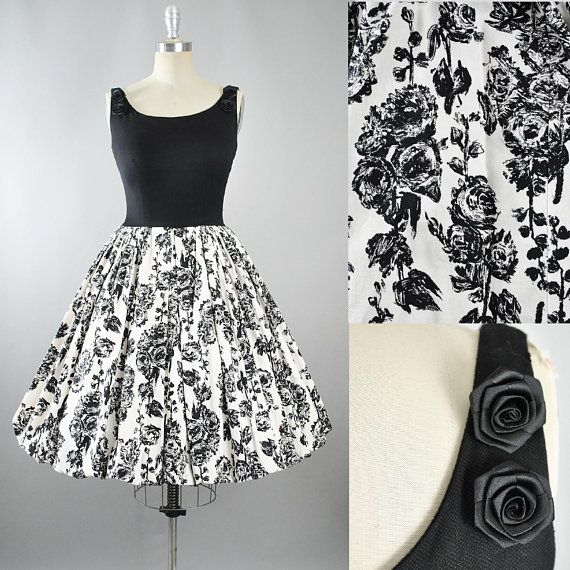 c4834461be8 Vintage 50s ROSE Print Dress   1950s Cotton Pique Sundress Black White Floral  ROSES Full Swing Skirt Pinup Garden Picnic Party Medium M
