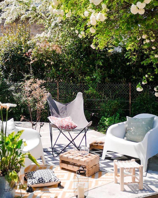 La Foir Fouille France Sur Instagram Le Soleil Revient Toujours Les Annees F0lles Nouve Outdoor Furniture Sets Outdoor Furniture Furniture Sets