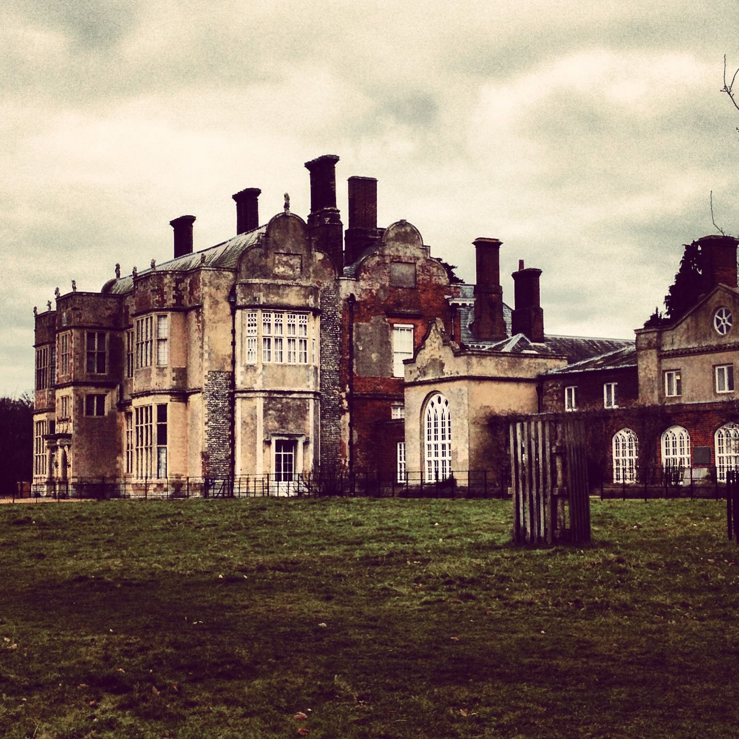 Felbrigg Hall, haunted mansion built in the 1600s. My 17th ...