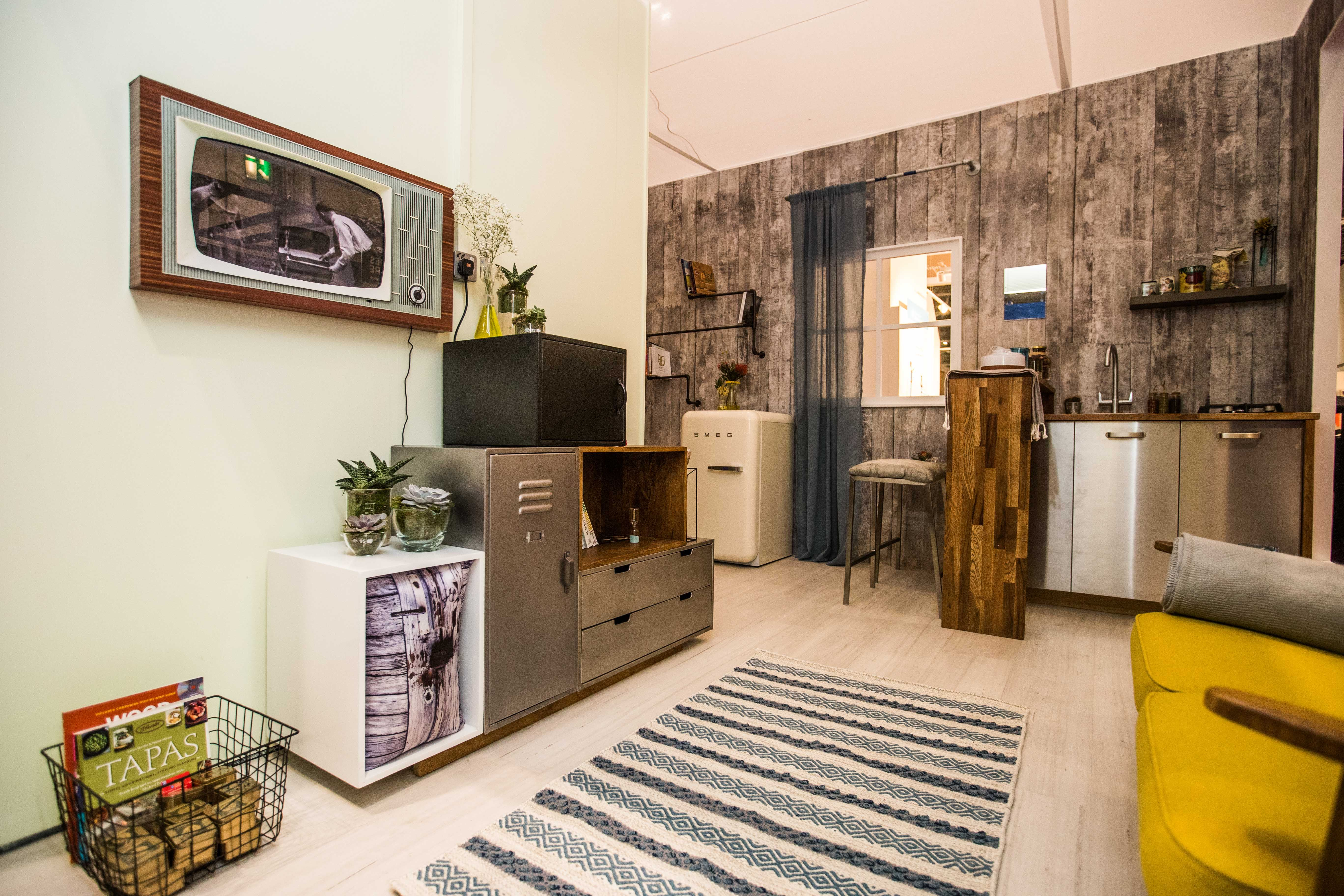 Room Set Grand Designs And