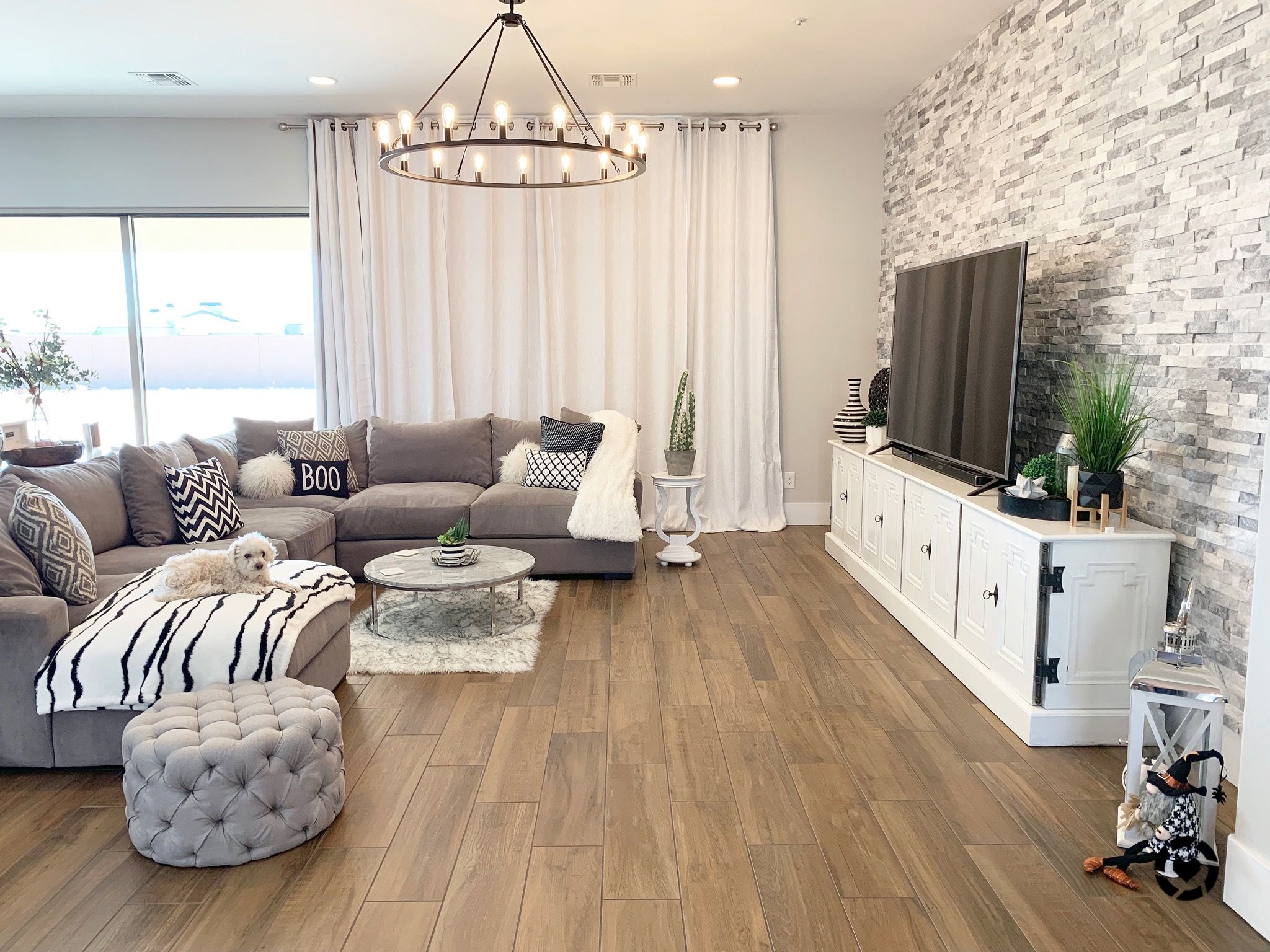 Great Room Modern Farmhouse Glam. Find all sources on link