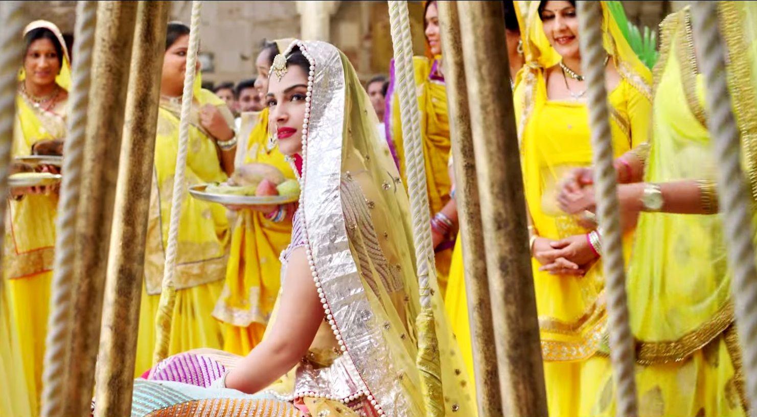 Image result for sonam kapoor wedding in prem ratan dhan payo