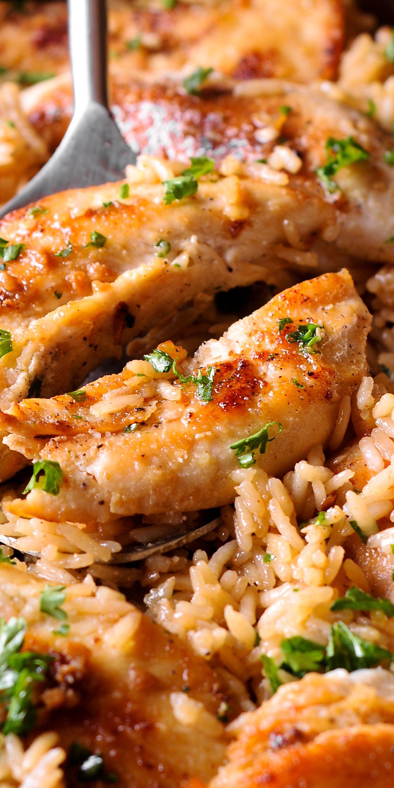 Chicken With Garlic Parmesan Rice Chicken Dinner Recipes Yummy Dinners Chicken Recipes
