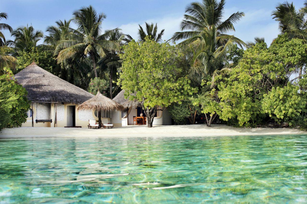 Demostrar Convertir Persona a cargo del juego deportivo  Nika Island Resort. Maldives.   Island resort, Maldives hotel, Maldives