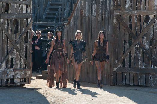 Making Of: Desert Dirt Shooting - Germany's next Topmodel 2017