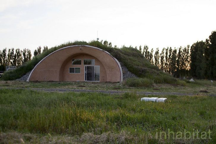 Eatwell Farm Farmhouse By Formworks Building Earth Homes Crazy Houses Monolithic Dome Homes