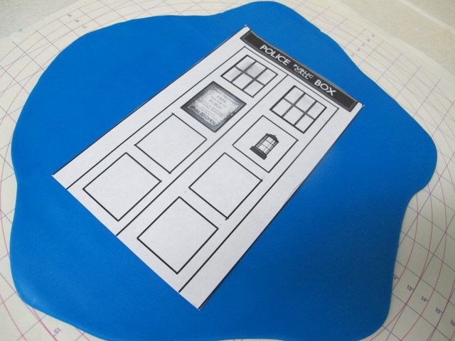 1IMG2640 TREATS Pinterest Tardis cake and Cake