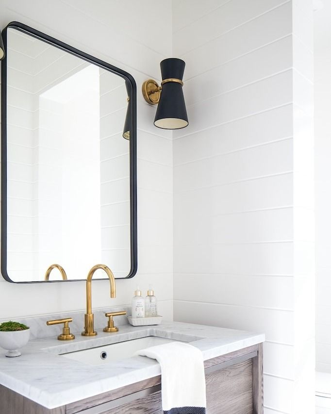 Modern Rectangle Bathroom Mirror Trendecors
