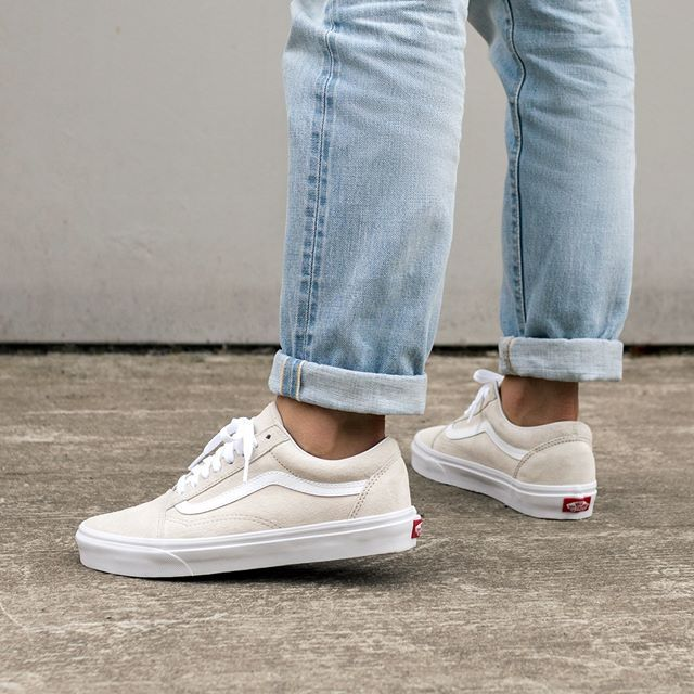 VANS OLD SKOOL SUEDE SHOES HumusBlanc | Outfit shoes, Fashion