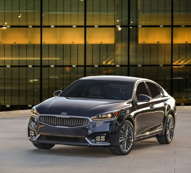 2017 Kia Cadenza Review Ratings Specs Prices And Photos The Car Connection Kia Motorcycle Outfit Automotive Group