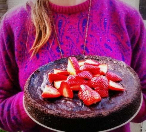 A torte made with eggplant, not sure how to feel about it but it looks so so good.