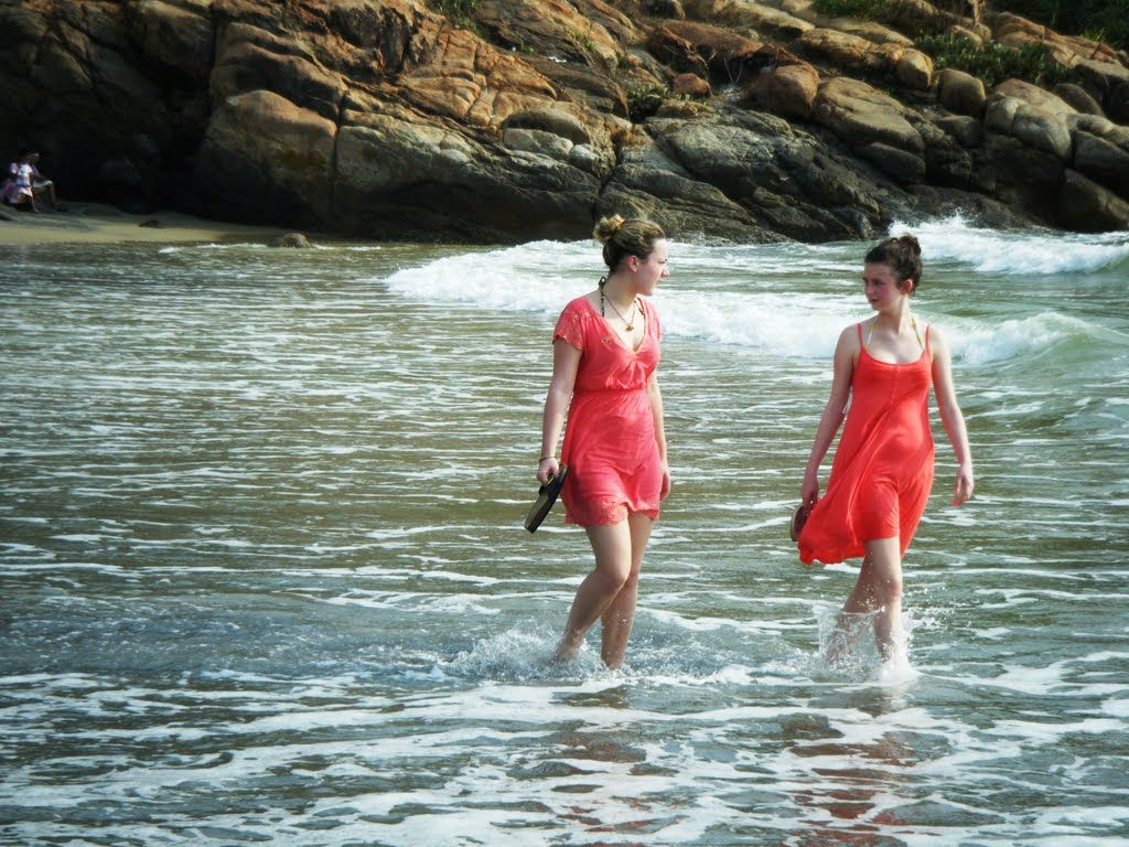 Kovalam is one of the best beaches in Kerala. The magnificent beauty of it attracts every travelers. It is a favorite spot of foreigners.