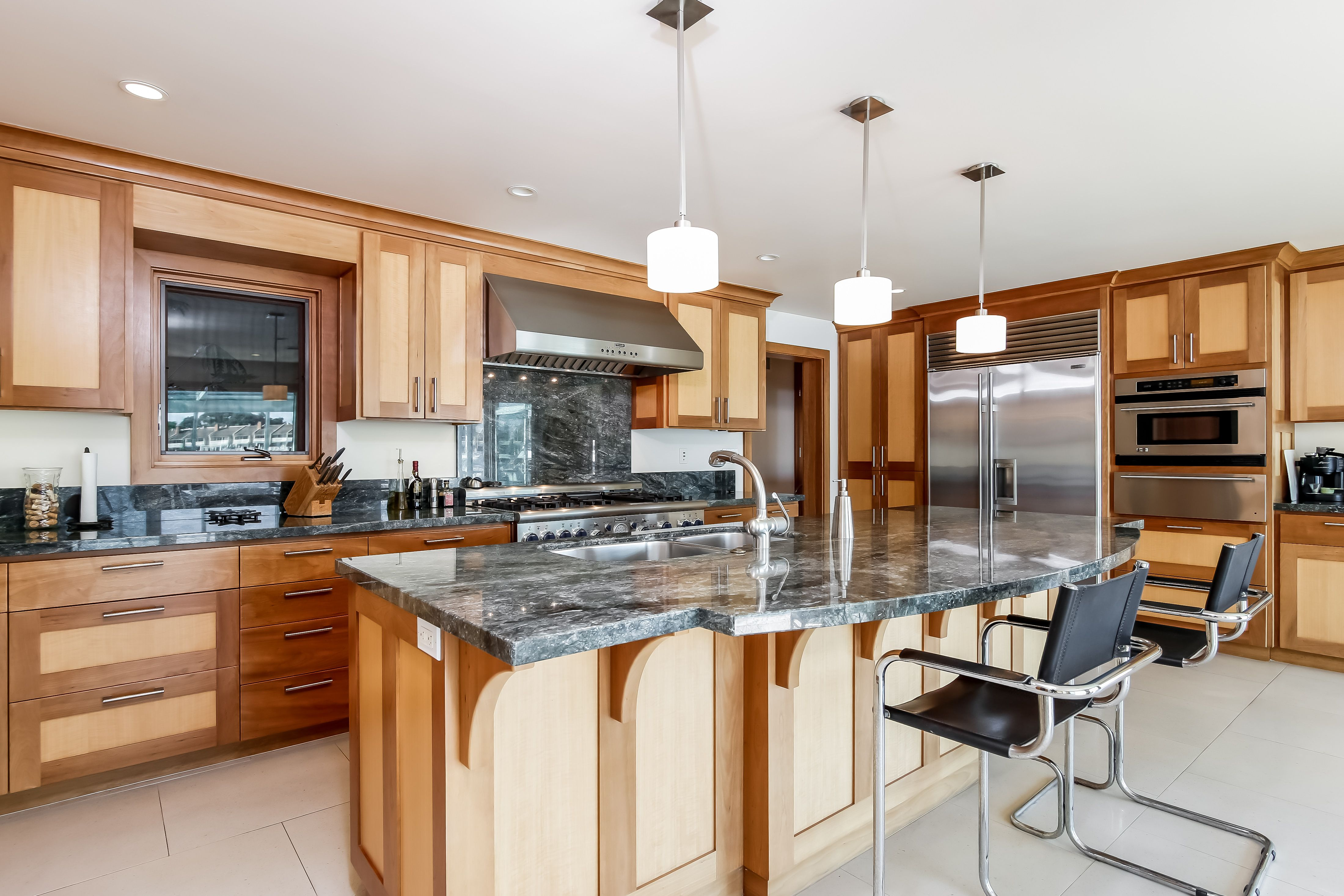 extra large state of the art kitchen with top of the line appliances huntington kitchen on kitchen appliances id=14197